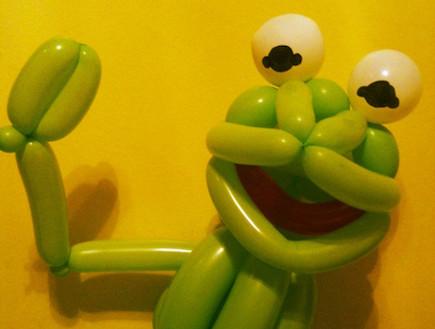 בלונים בצורת החבובות (צילום: dogandponyshowwebsite.com)