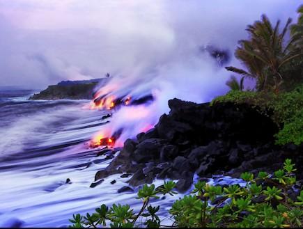 מפגש בין לבה לים בהוואי