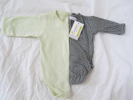 בגדים לפגים - preemee (צילום: טליה נתנזון)