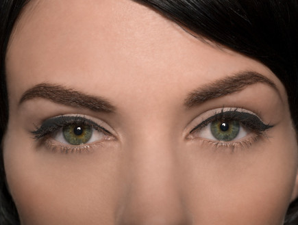 אייליינר. קלוז אפ עיניים (צילום: Thinkstock)