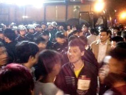 מהומות במפעל פוקסקון