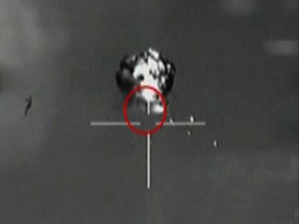 """הספיק לצלם את בסיסי צה""""ל? יירוט המל""""ט (צילום: חדשות 2)"""
