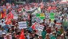 60 אלף מפגינים במרכז מדריד. היום (צילום: Reuters)
