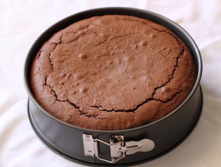 עוגת שוקולד, קרמל ופקאן - שלב 3