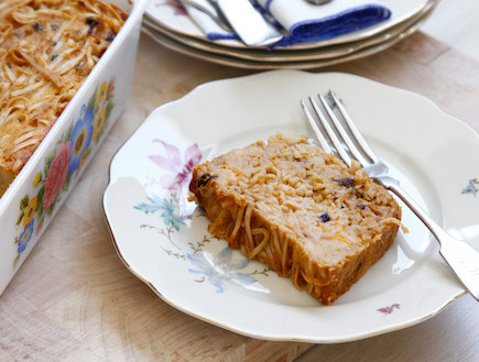 פשטידת נודלס מתוקה (צילום: אפיק גבאי, אוכל טוב)