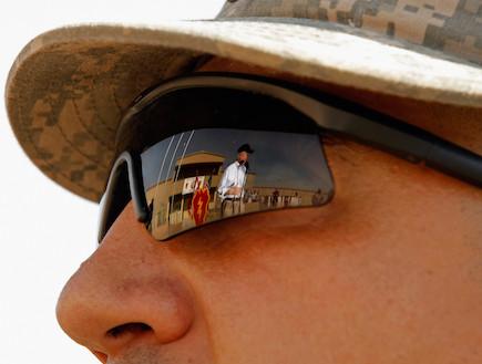 "משקפי מגן צבא ארה""ב (צילום: Chip Somodevilla, GettyImages IL)"