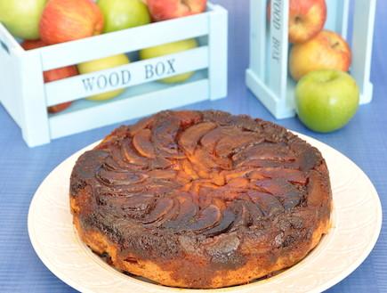 עוגת תפוחים וקרמל (צילום: יפית בשבקין, אוכל טוב)