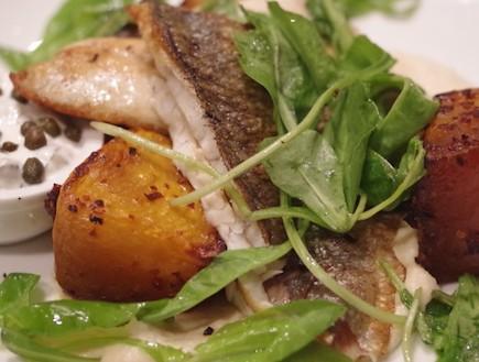 דג מוסר במסעדת טרומפלדור 10 (צילום: נעה תלם, האלבום המשפחתי)