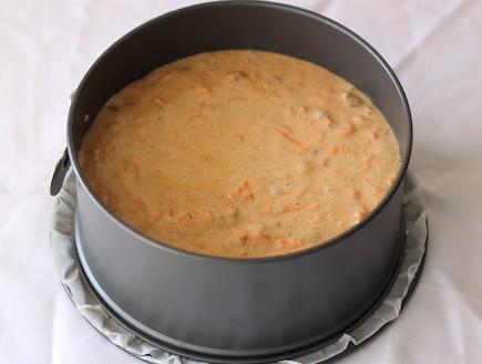 עוגת גזר - העוגה לפני האפייה (צילום: חן שוקרון, אוכל טוב)