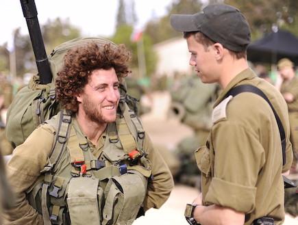 חיילי מילואים (צילום: אופק רון-כרמל, במחנה)