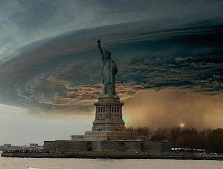 הוריקן סנדי מם פסל החירות