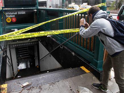 תחנות הרכבת עדיין מוצפות, ניו יורק (צילום: AP)