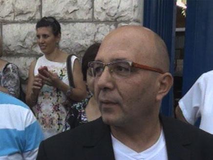 """החליט להדיח - בגלל קריאה לגיוס. ד""""ר עאזמי חכים (צילום: חדשות 2)"""