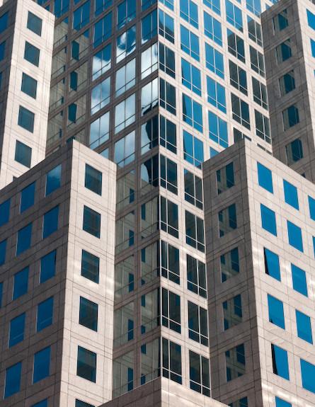 מגדל בנוי (צילום: realsimple.com)