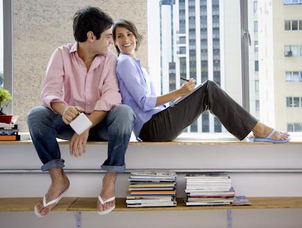 זוג מאושר, בחור ובחורה (צילום: realsimple.com, getty images)