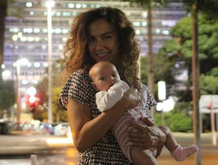 מאיה ושירה ארדיטי בתל אביב (צילום: תומר ושחר צלמים)