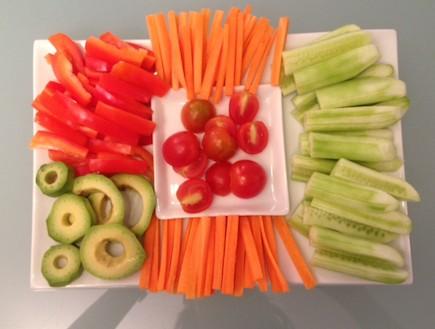 צלחת ירקות (צילום: תומר ושחר צלמים)