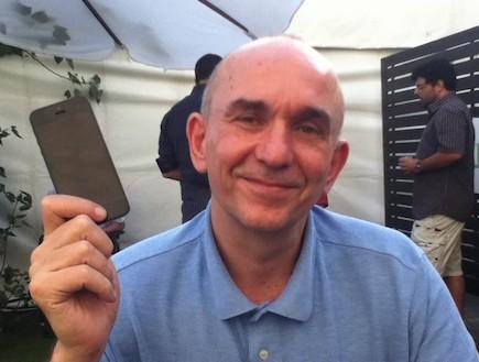 פיטר מולינו (צילום: ניב ליליאן, צילום ביתי)