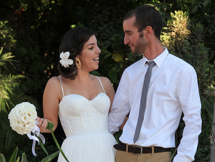 דרור וקרין - שמלת כלה (צילום: ארזביט סטודיו לצילום)