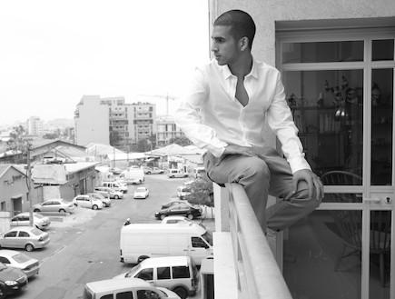 בר צברי שחור לבן (צילום: יניב אדרי)