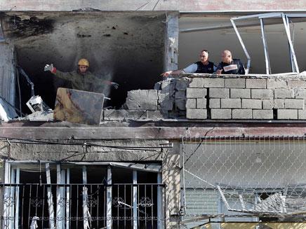 הבית שנפגע בקריית מלאכי (צילום: AP)