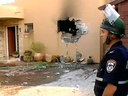 פגיעה ישירה בבית (צילום: חדשות 2)