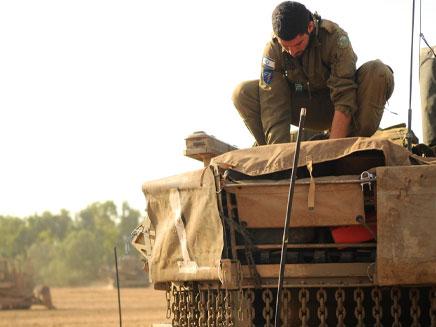 """לוחמים מחוץ לעזה, היום (צילום: דו""""צ)"""