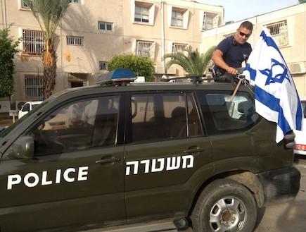 שוטרי מרחב לכיש תלו דגלים בשביל המורל