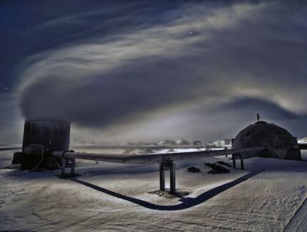 השדות עטופים בשלג