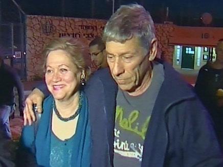 גולדבלט עם שחרורו, היום (צילום: חדשות 2)