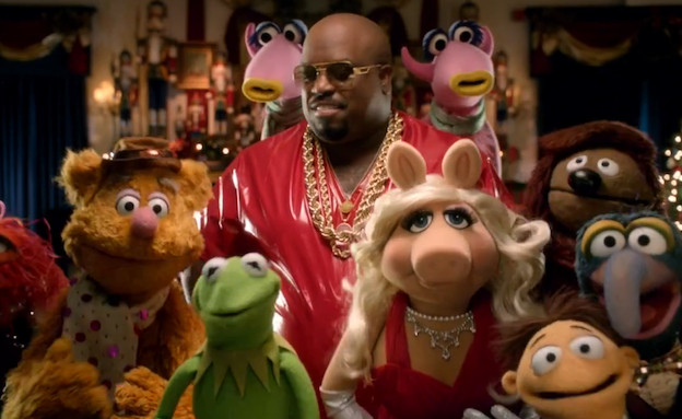 The Muppets & Cee Lo Green Christmas song