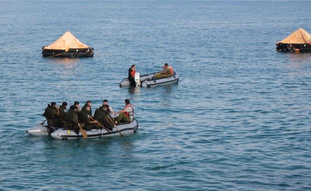 """מינים לסטילים בבה""""ד חיל הים בחיפה (צילום: דובר צה""""ל)"""