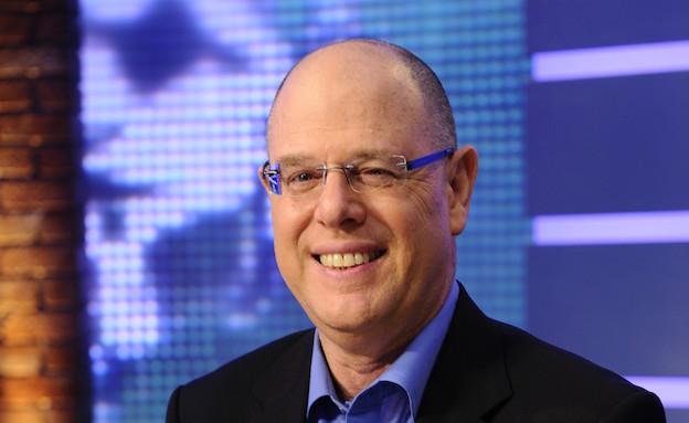 אבי מלר באולפן ערוץ הספורט (צילום: יוסי צבקר,  יחסי ציבור )