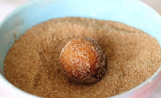 דונאטס - מגלגלים בסוכר (צילום: חן שוקרון, אוכל טוב)
