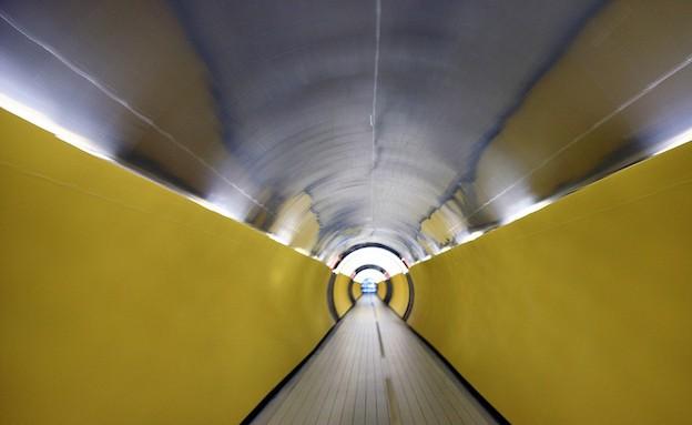 ליהנות מהרכבת התחתי בשטוקהולם (צילום: dailymail.co.uk)