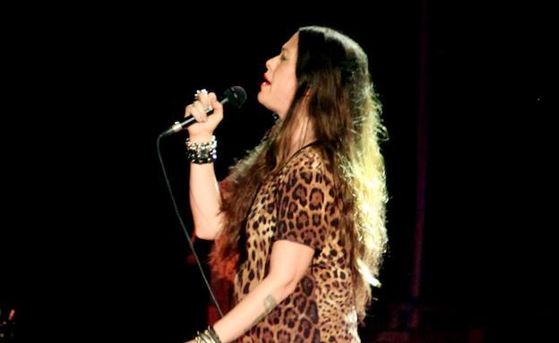 אלאניס מוריסט בהופעה (צילום: אורית פניני)