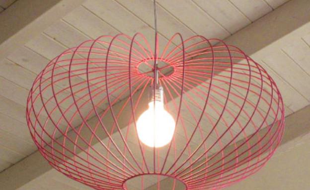 תאורה ורודה (צילום: עידו לביא והגר דופלט)