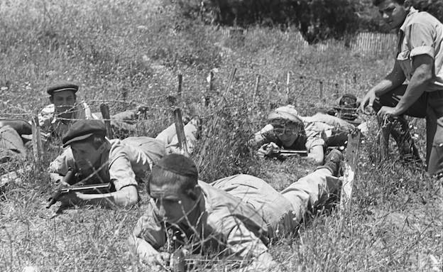"""חיילים חרדים  (צילום: פרד צסניק, ארכיון צה""""ל ומערכת הביטחון)"""