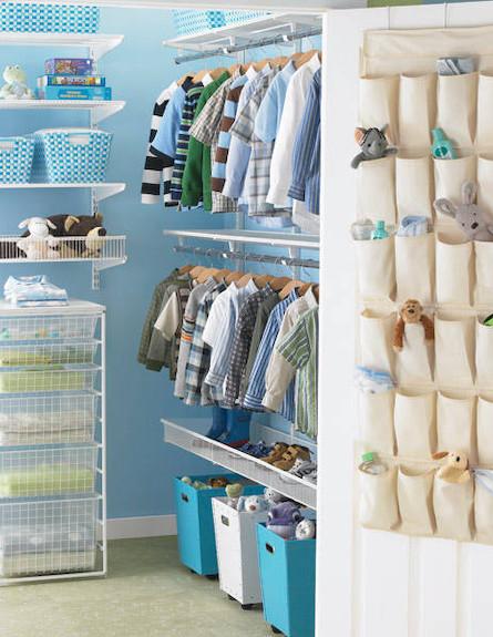 ארון כחול (צילום: מתוך האתר personalorganizing.about.com)