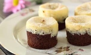 מאפינס שוקולד וגבינה (צילום: חן שוקרון, אוכל טוב)