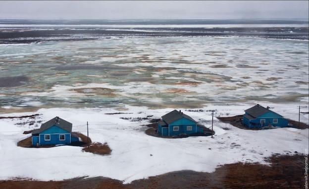 בתים כחולים (צילום: מהבלוג של ויטלי רסקלוב)