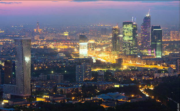 עיר בלילה (צילום: מהבלוג של ויטלי רסקלוב)