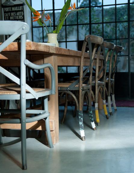 גרביים על הכיסא 7 (צילום: דנה ישראלי)