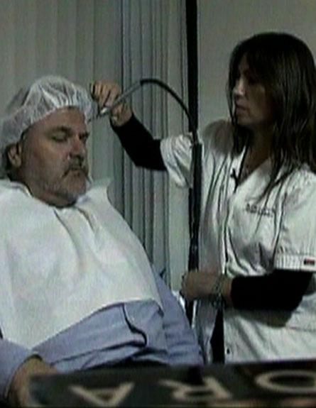 """צפו בפינה """"שווה בדיקה"""" עם מנחם הורוביץ (צילום: חדשות 2)"""