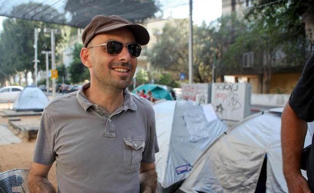 אלדד יניב במאהל האוהלים