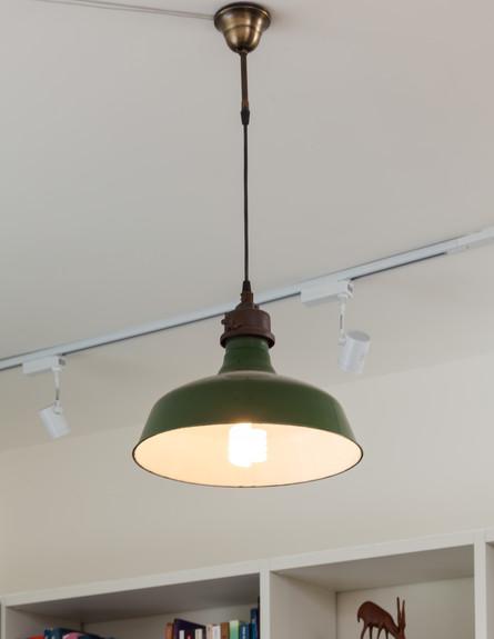 שרון אלה, מנורה ירוקה (צילום: שי אפשטיין)