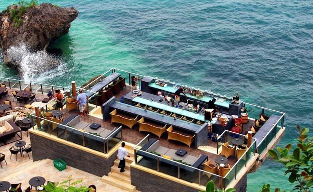 ברים מוזרים (צילום: מתוך האתר www.ayanaresort.com)