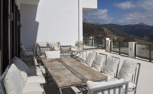 בקתות בולגריה (צילום: מתוך האתר www.villagella.com)