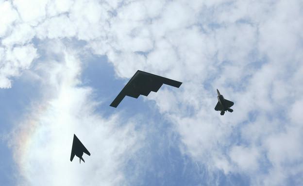 מטוס חמקן B2 (צילום: Donald Miralle, GettyImages IL)
