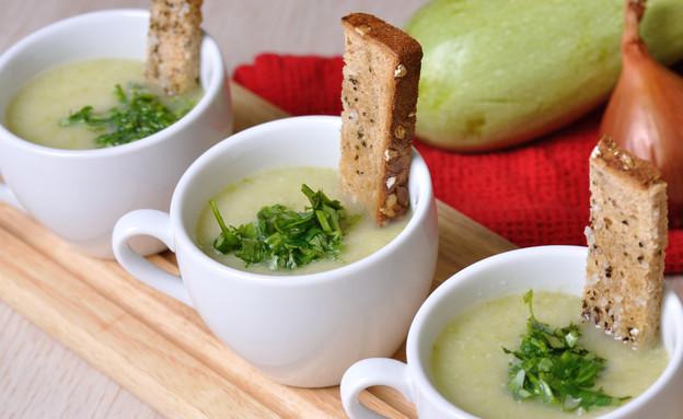 מרק קישואים, טעימא (צילום: יפית בשבקין, אוכל טוב)